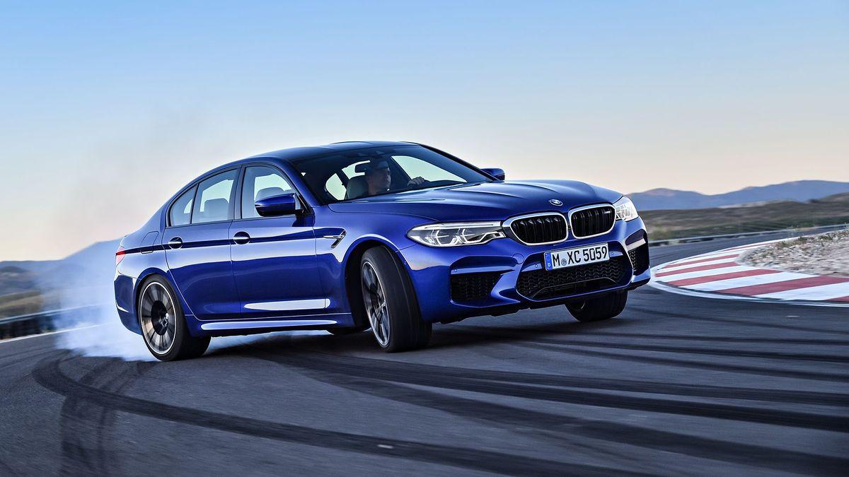 2017 BMW M5 Saloon