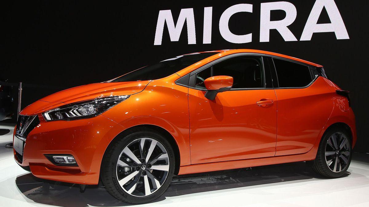 2017 Nissan Micra Paris Motor Show stand1