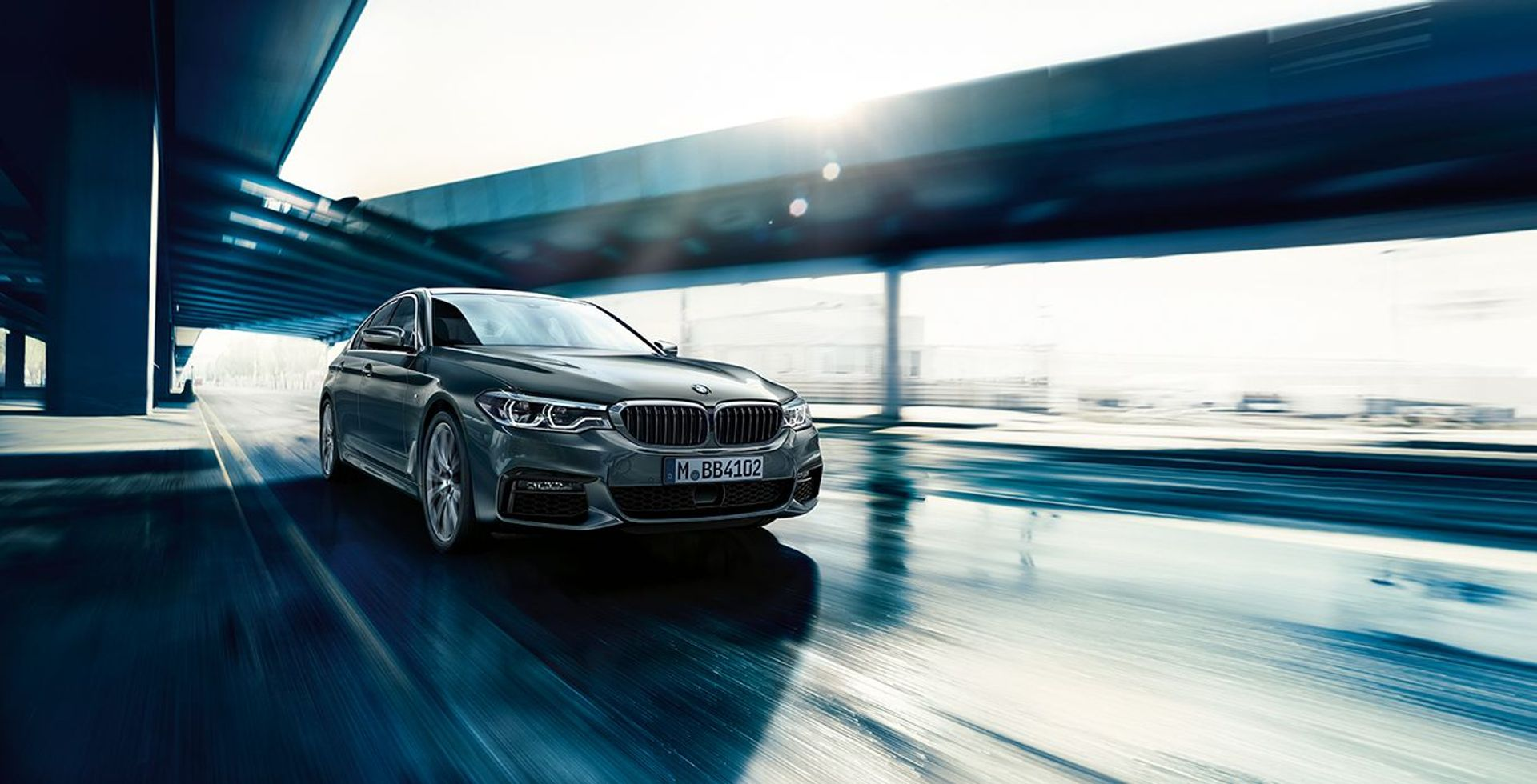 BMW 5 Series SE image
