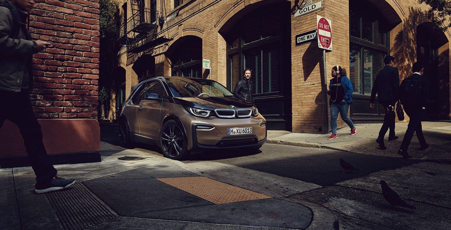 BMW i3  image