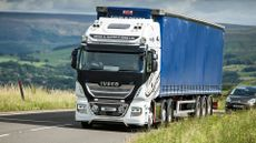 David G Davies & Sons marks first IVECO order with fuel-efficient New Stralis XP tractor units