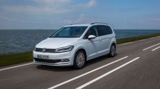 2015 Volkswagen Touran review