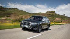 2016 Audi SQ7 front action
