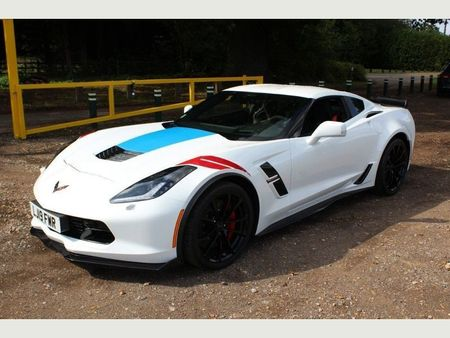 White Chevrolet Corvette