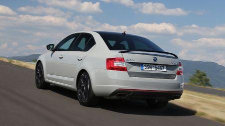 2015 Skoda Octavia vRS first drive review