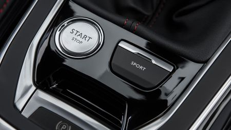 2015 Peugeot 308 GTi 270