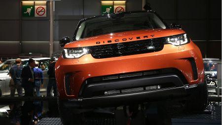 Land Rover Discovery Paris Motor Show 2016