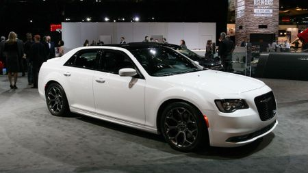 Chrysler 300 S Chicago Auto Show
