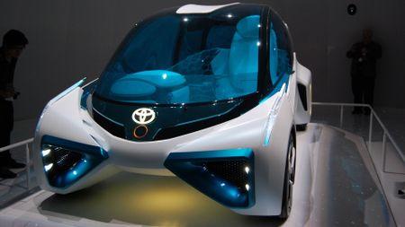 Toyota FCV Plus concept Tokyo 2015