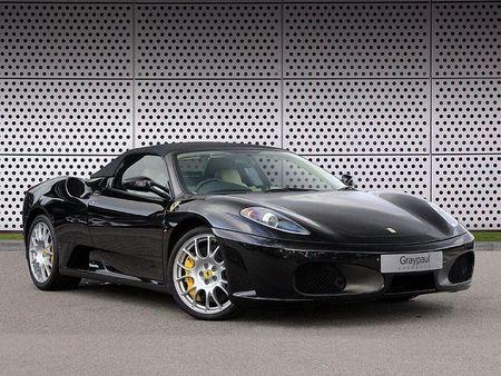 Black Ferrari F430 coupe