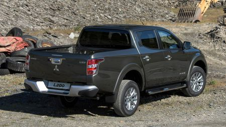 Mitsubishi L200 Barbarian first drive review | Auto Trader UK