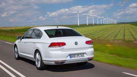2015 VW Passat GTE hybrid