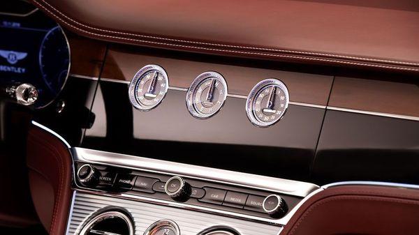 Bentley Continental interior