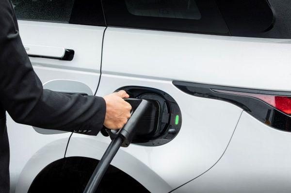 Land Rover Range Rover Evoque PHEV refueling