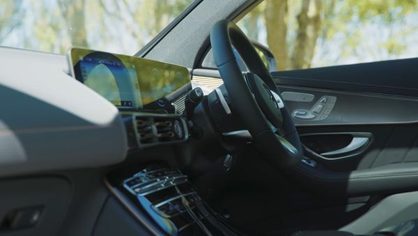 Car infotainment systems use plenty of microchips