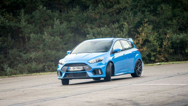 Ford Focus RS passenger ride