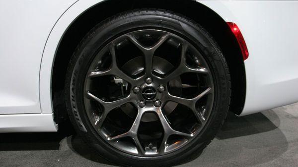 Chrysler 300 S Chicago Auto Show