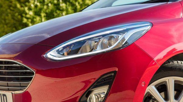Ford Fiesta ST headlight