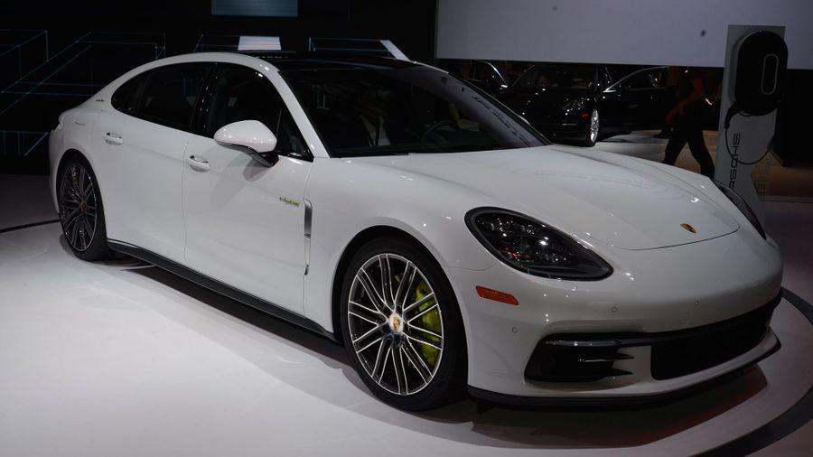 Porsche Panamera 4 E-Hybrid Executive