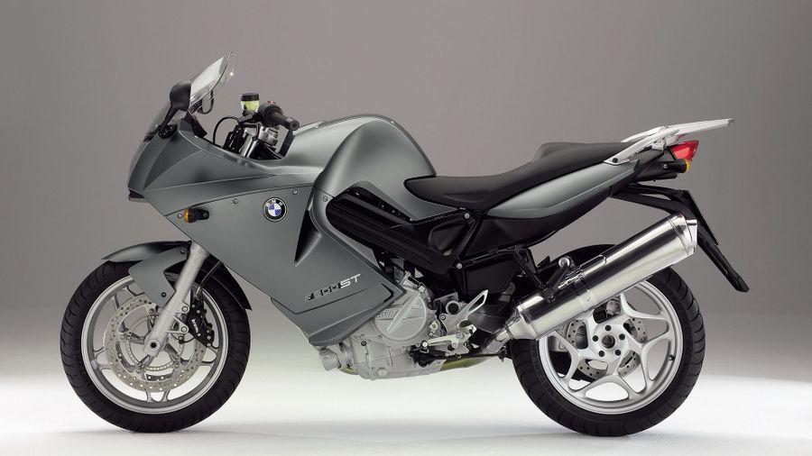 BMW F800ST – the quality German one