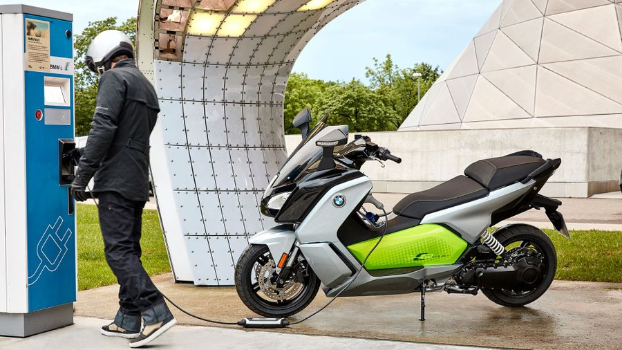 Should I Buy An Electric Motorcycle Auto Trader Uk