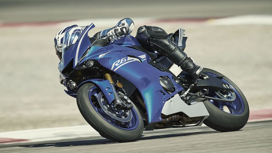 2017 Yamaha YZF-R6 – First Look | Auto Trader UK