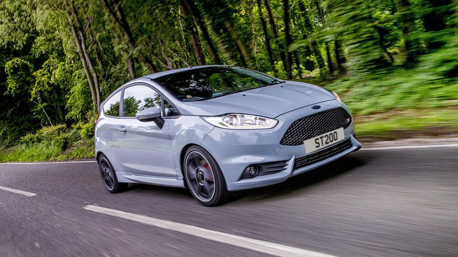new ford fiesta st200 first drive review auto trader uk. Black Bedroom Furniture Sets. Home Design Ideas