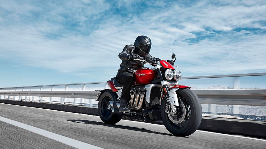 2019 Triumph Rocket 3R and 3GT revealed