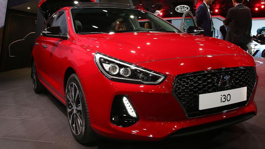 All-new Hyundai i30 hatchback for 2017 | Auto Trader UK