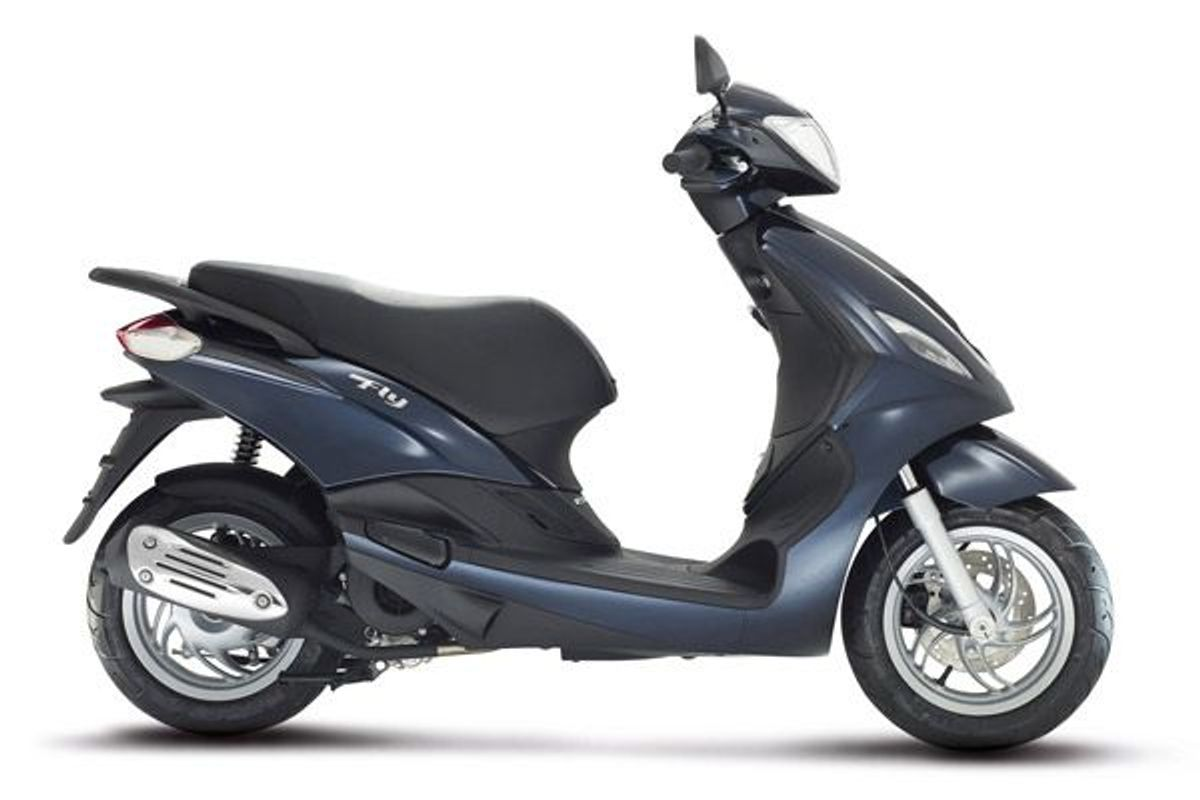 new piaggio fly 125 125 3v full option for sale on auto trader bikes