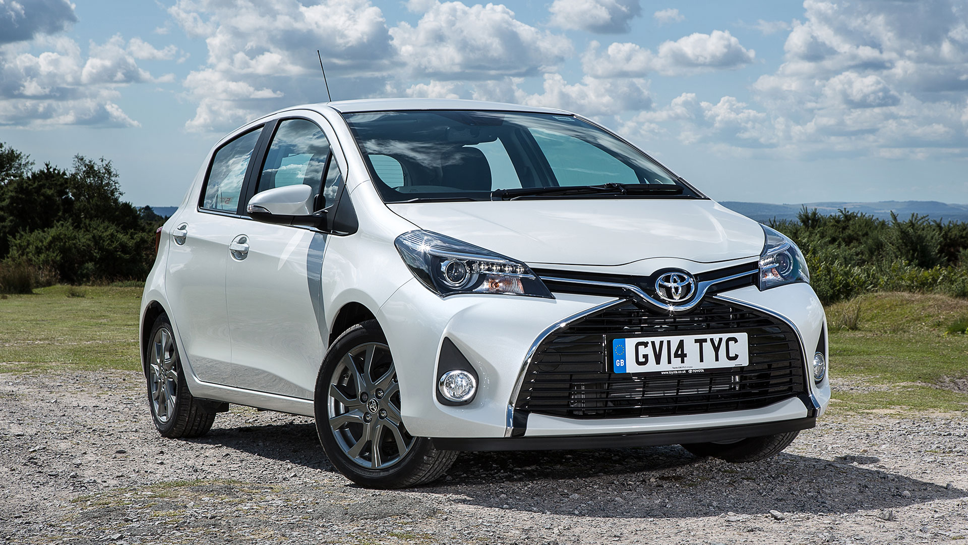 Toyota Yaris Cars for Sale | Autotrader