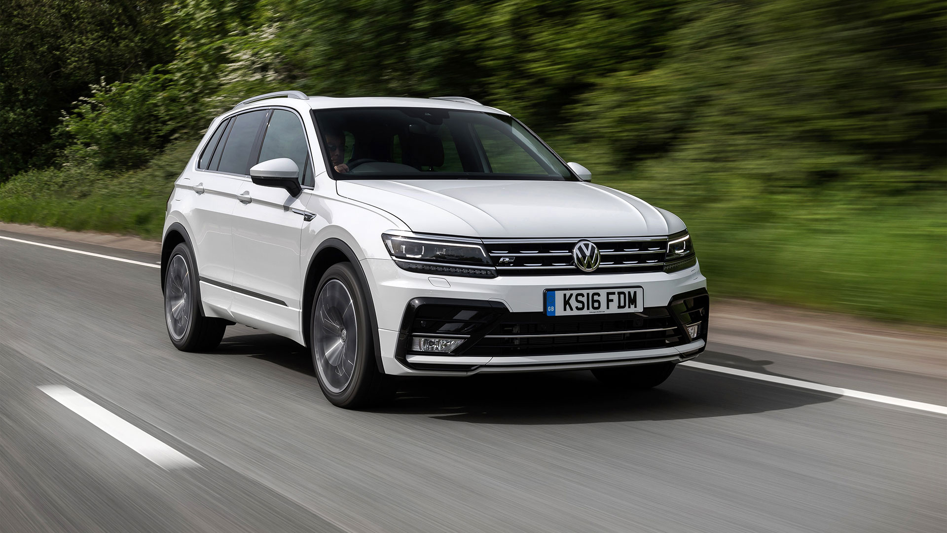 Volkswagen Tiguan Suv 2016 Review Auto Trader Uk