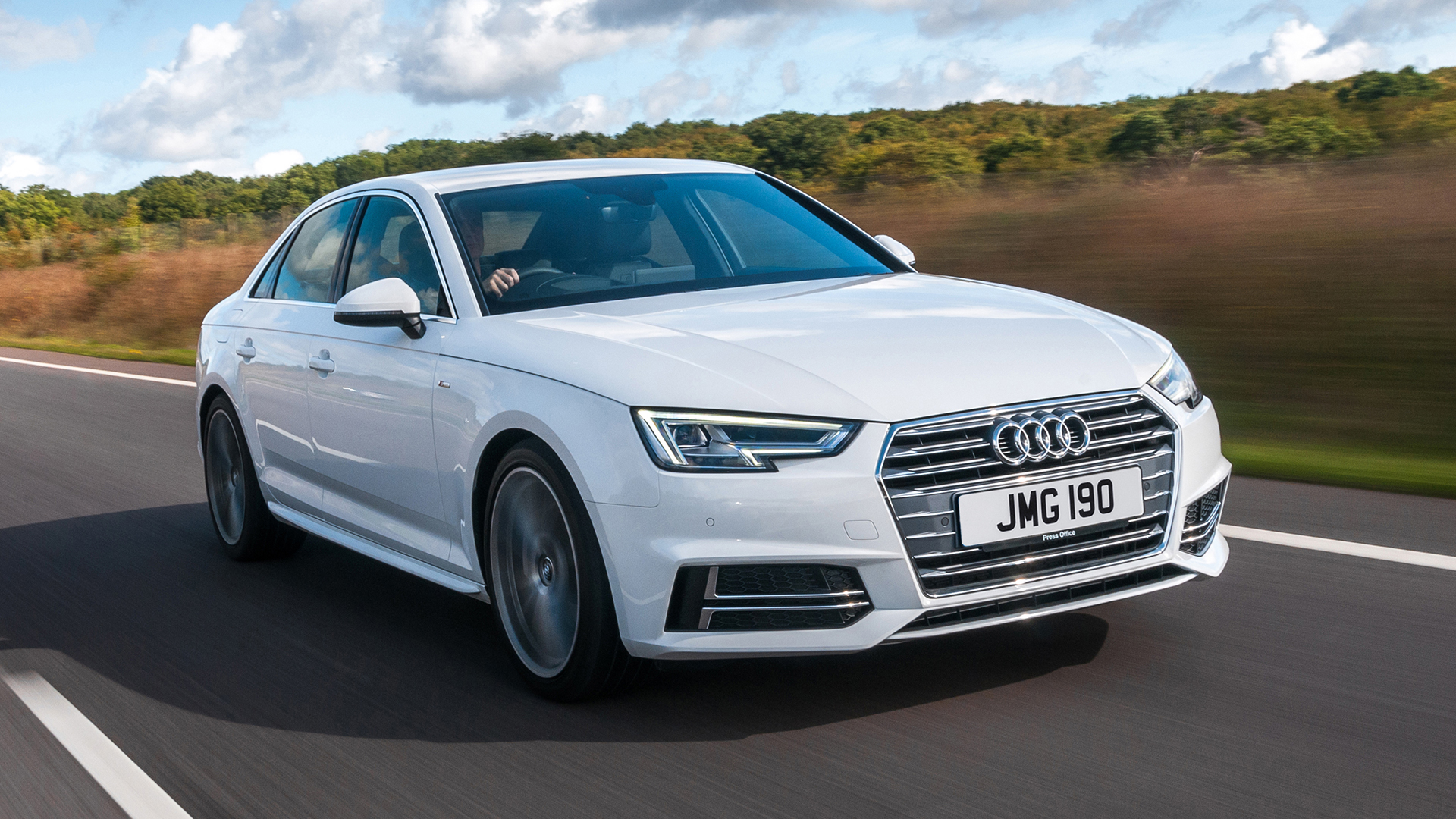 New Audi A4 Review & Deals | Auto Trader UK