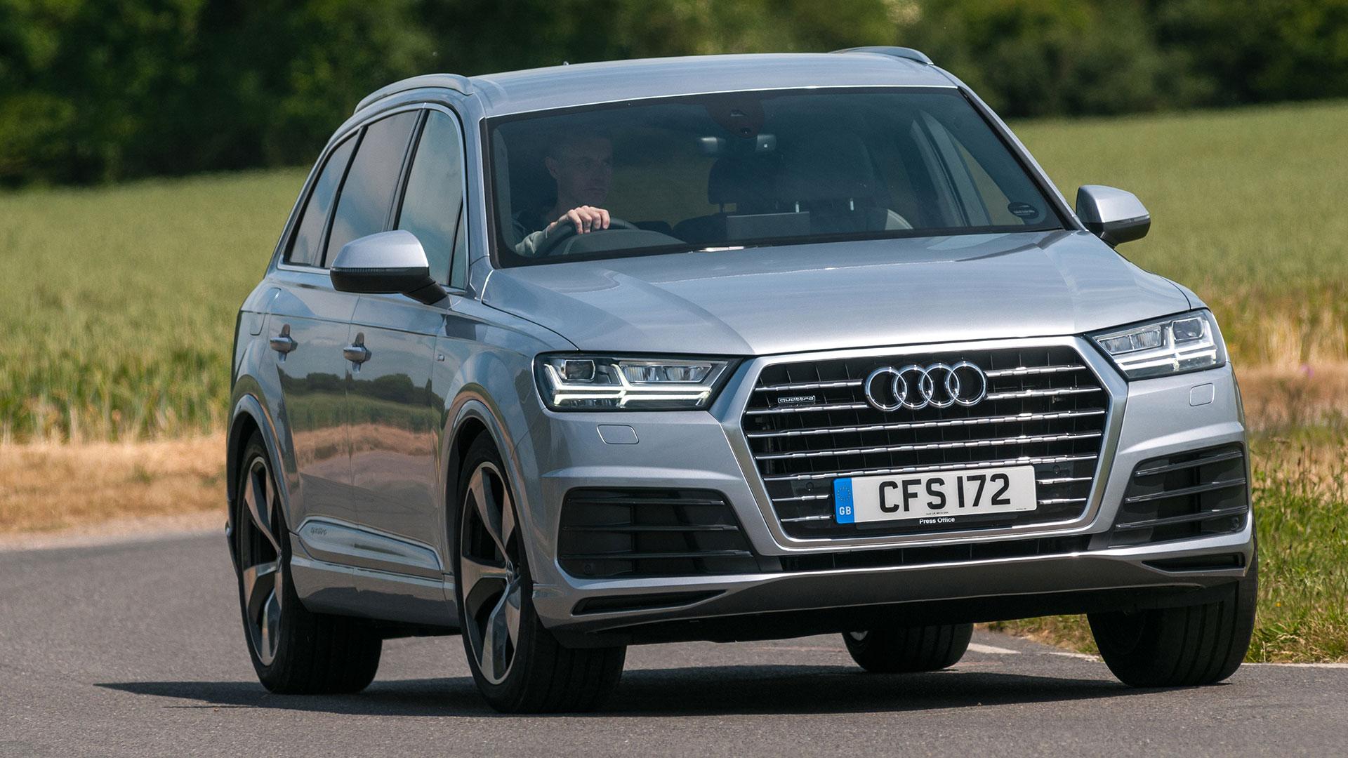 Audi Q11 SUV (11 - ) review | Auto Trader UK | audi q7 used cars