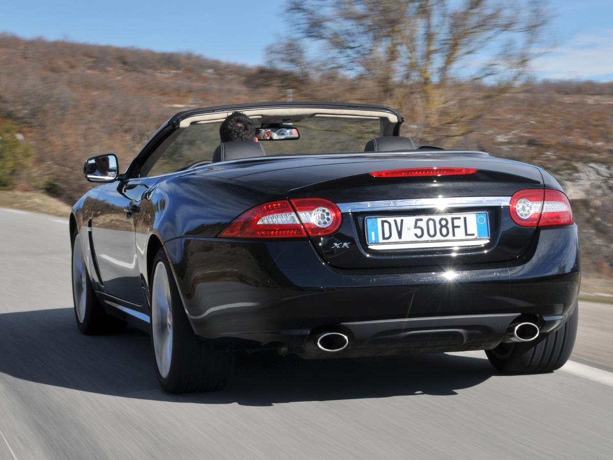 Jaguar XK Convertible (2006 - 2014) review | Auto Trader UK