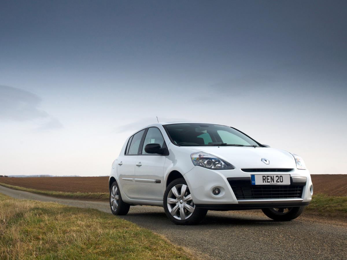 Trade In Value Calculator >> Renault Clio hatchback (2005 – 2013) review | Auto Trader UK