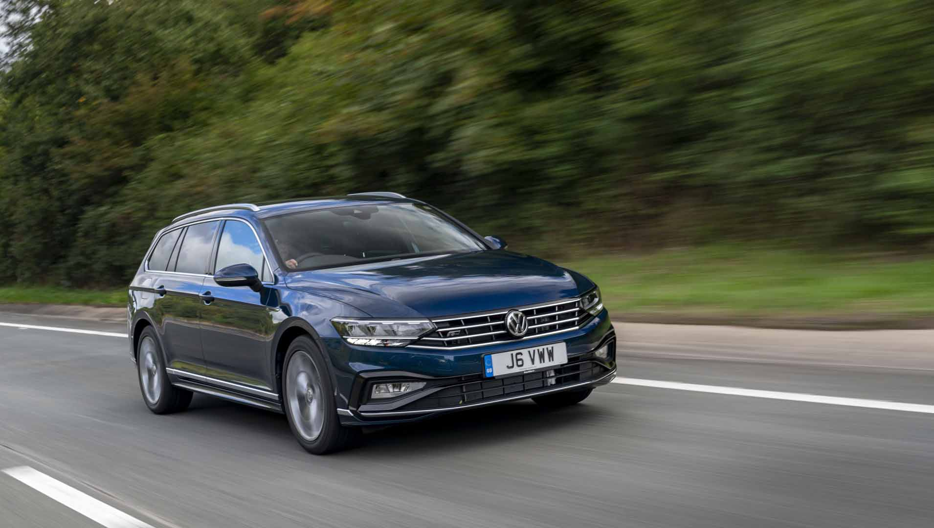 Volkswagen Passat Estate 2019 Review Auto Trader Uk