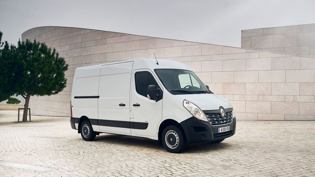 bfddba0257 2013 Renault Master used vans for sale on Auto Trader UK