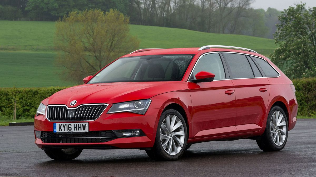 Skoda Superb Estate 2015 Review Auto Trader Uk