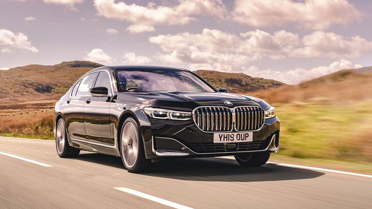 2019 BMW 7 Series saloon