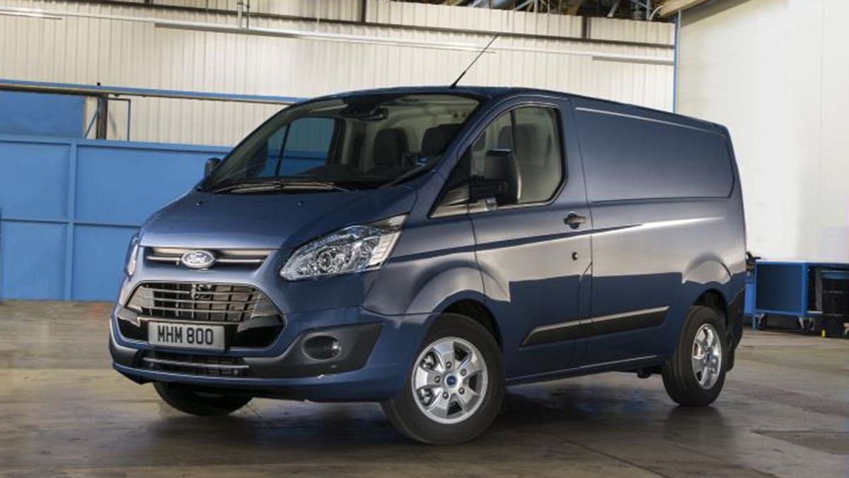 W superbly Ford Transit Custom Panel Van (2016 - ) review | Auto Trader UK BD22