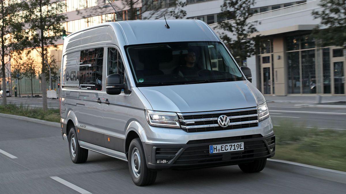 Volkswagen E-Crafter Panel Van (2019 - ) review | Auto Trader UK