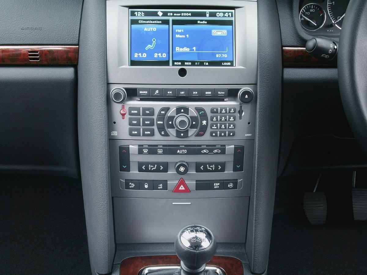Peugeot 407 saloon