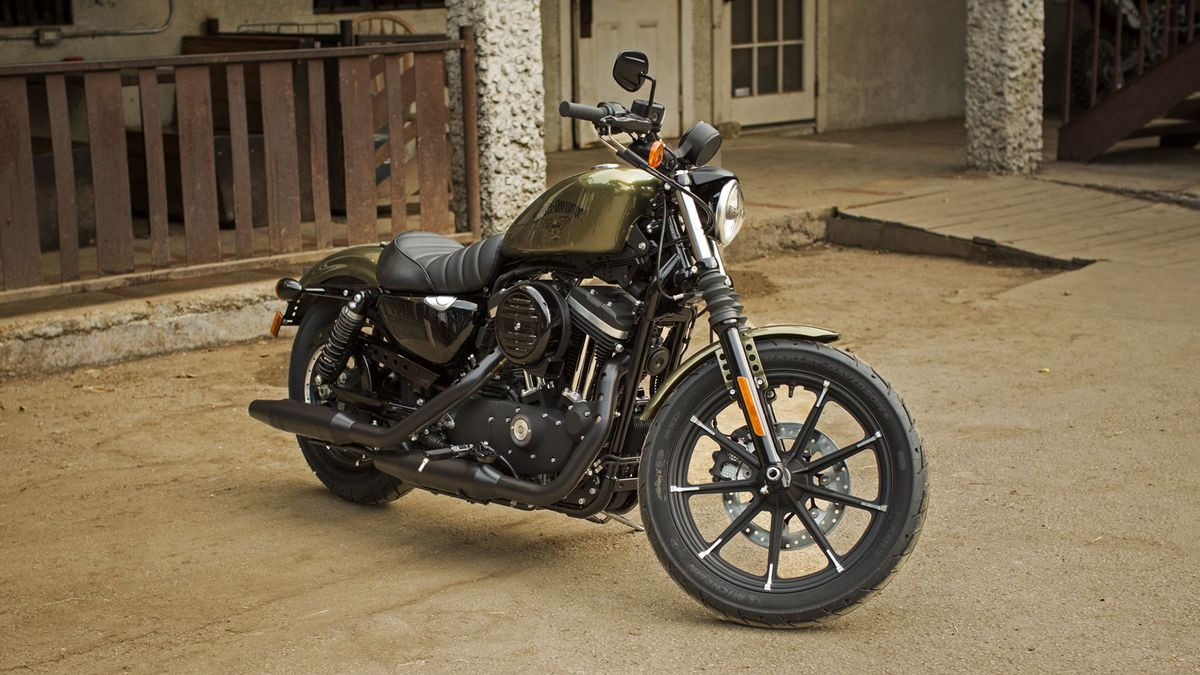 Harley Davidson 883 Iron Review 2009 Auto Trader Uk