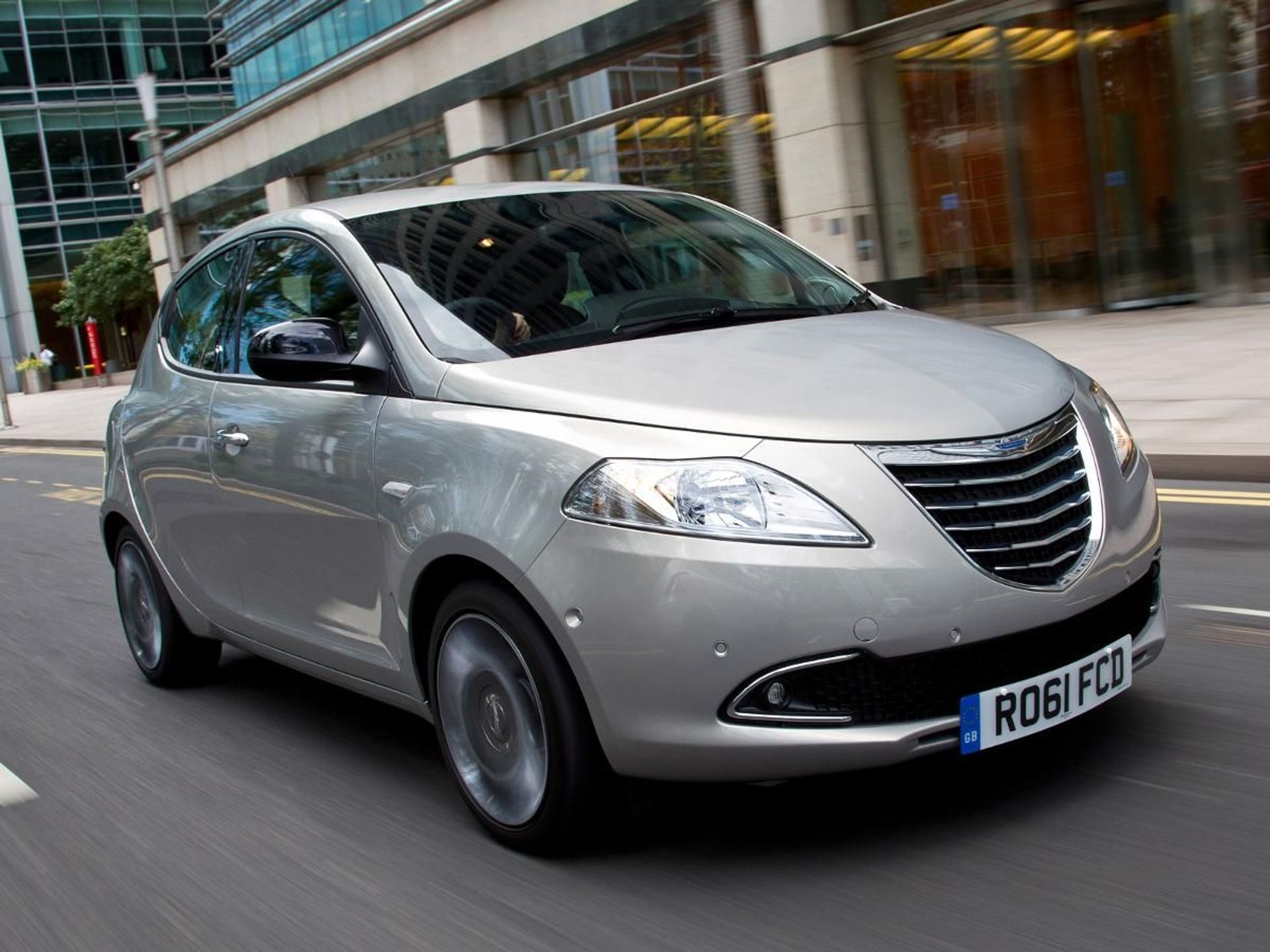 Chrysler Ypsilon  image