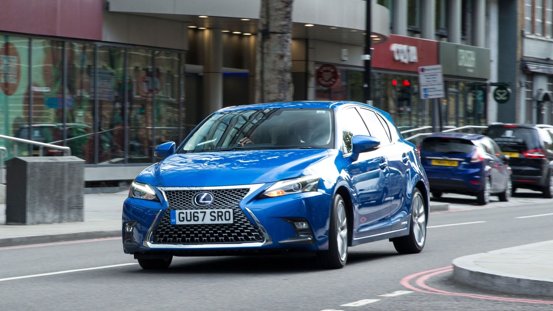 Lexus CT 200h Luxury image