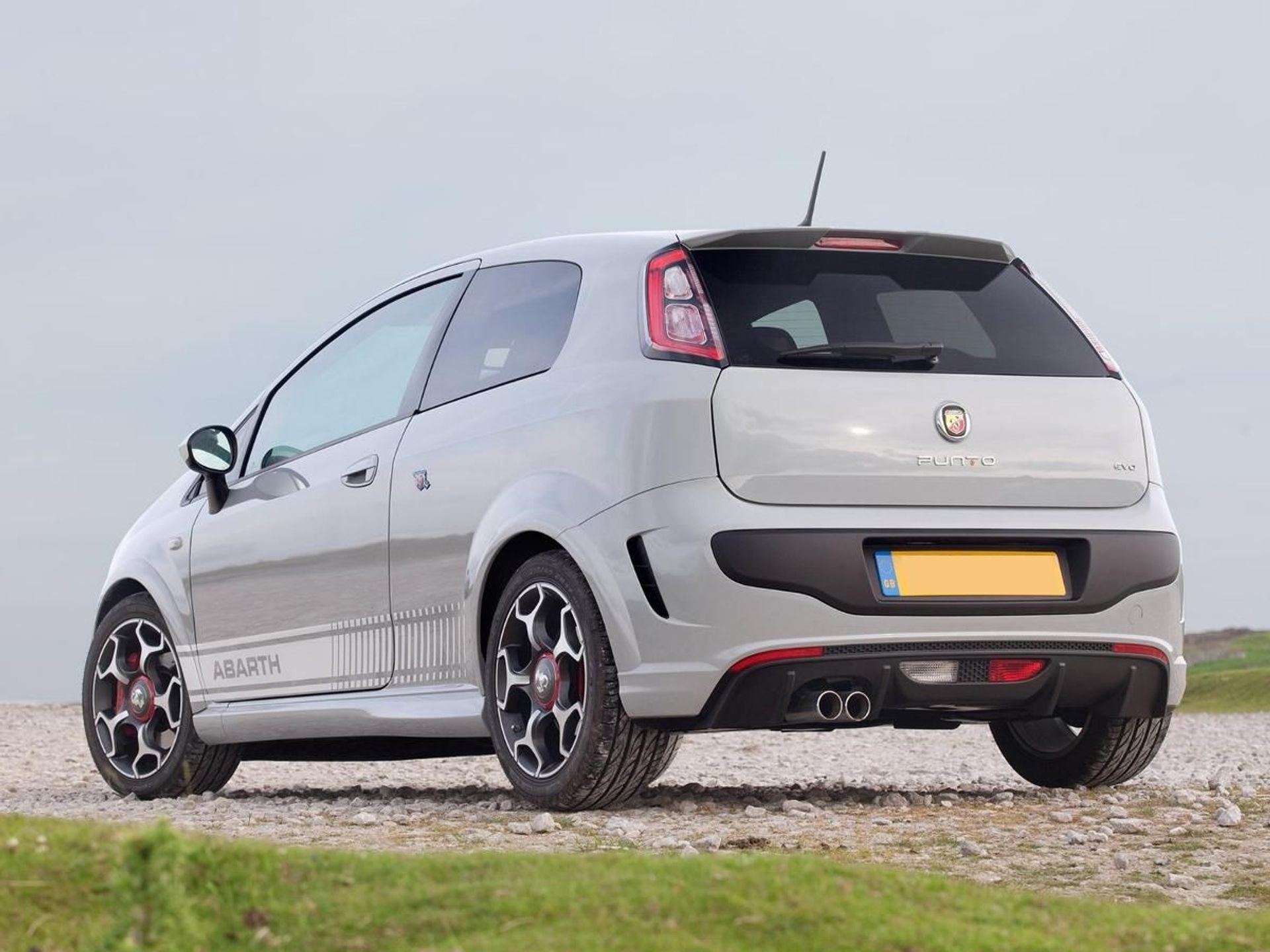 Abarth Punto Evo Supersport image