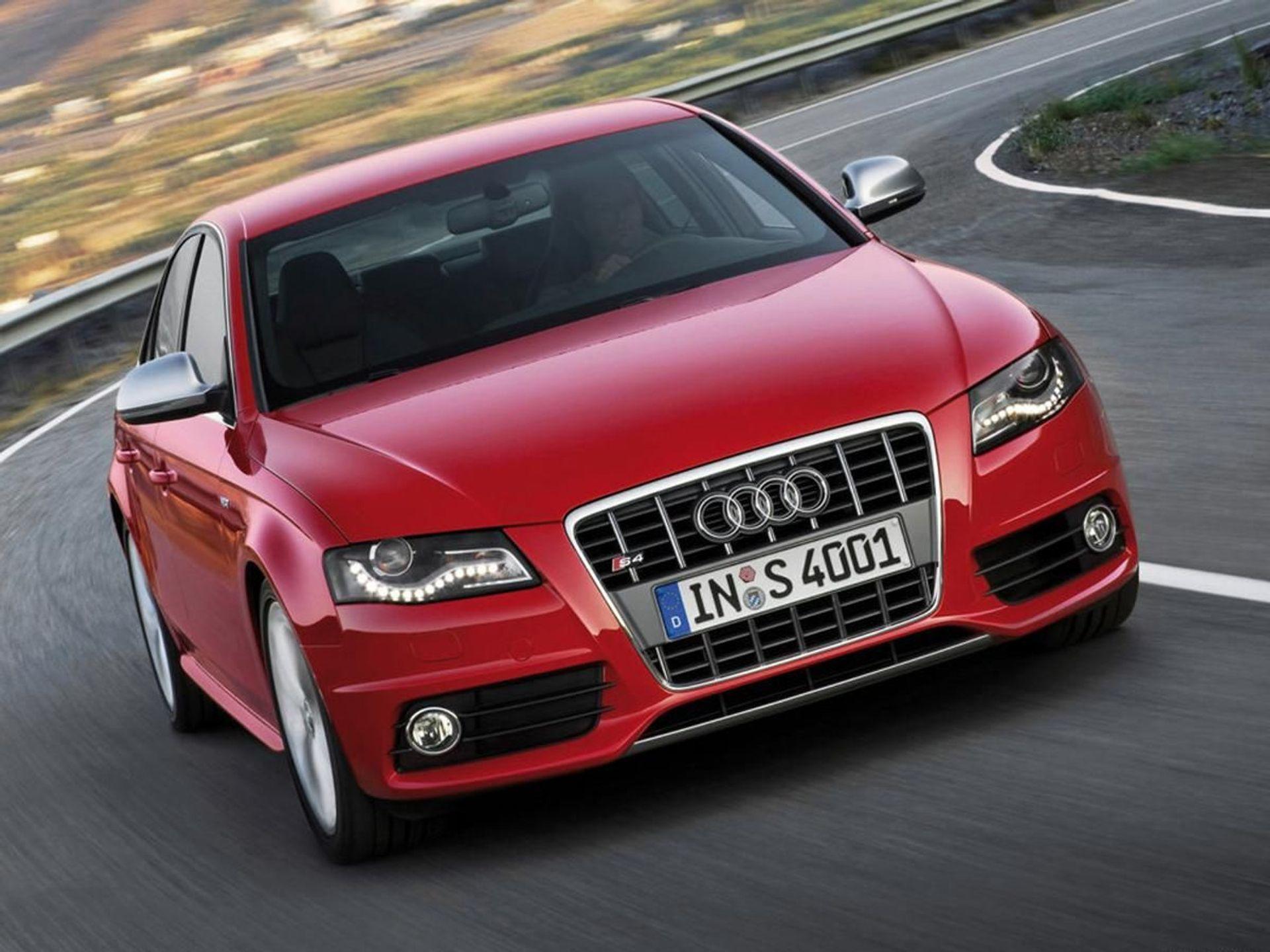 Audi S4  image