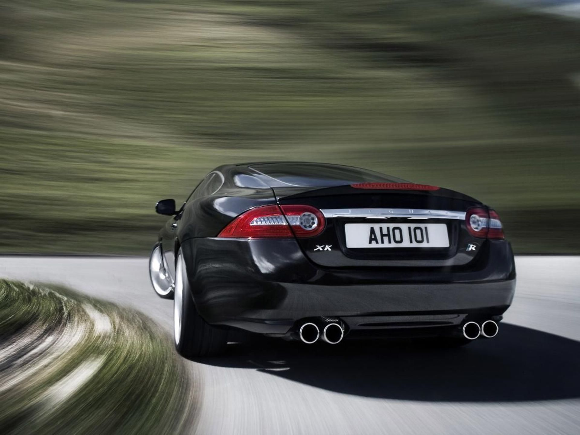 Jaguar XKR  image