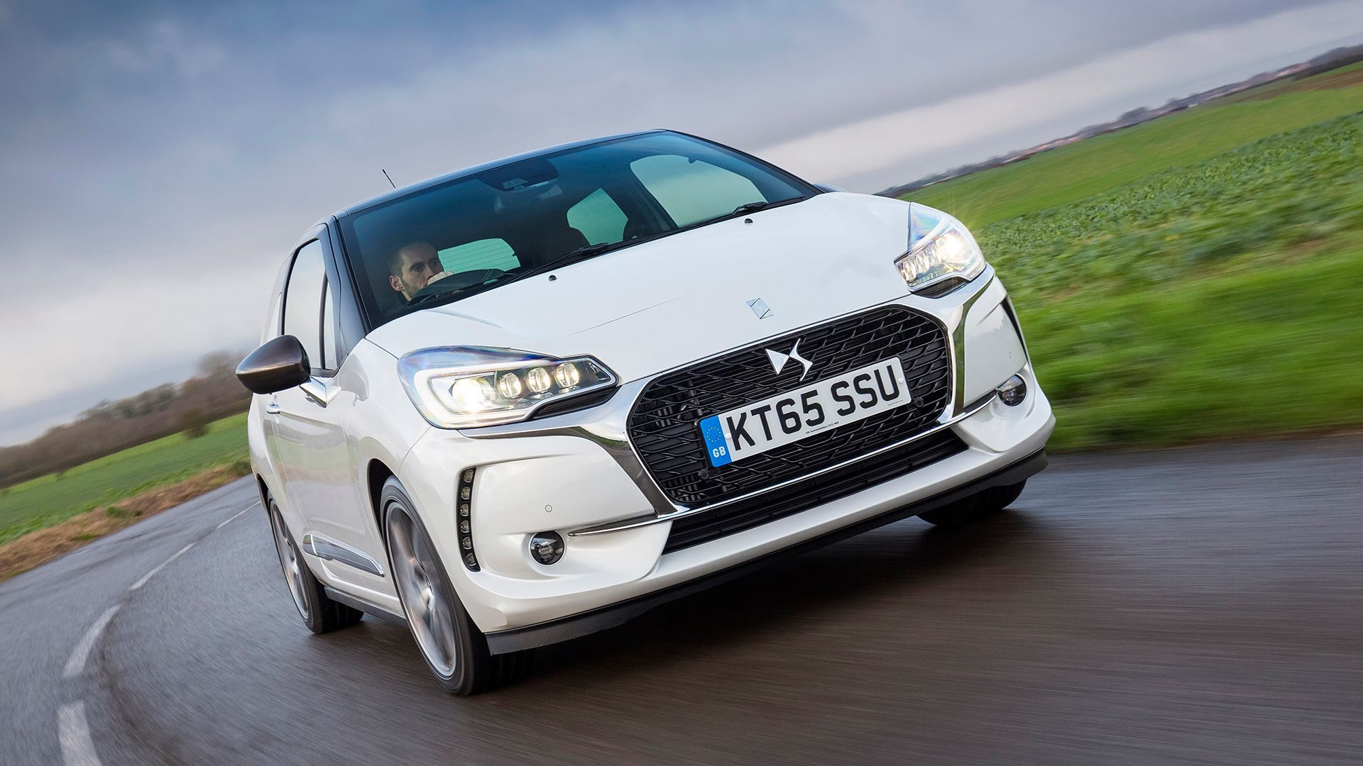 DS Automobiles DS 3 THP image